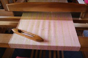 染織家織り中